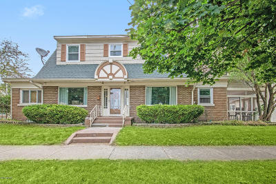Single Family Home For Sale: 2002 College Avenue SE Avenue SE