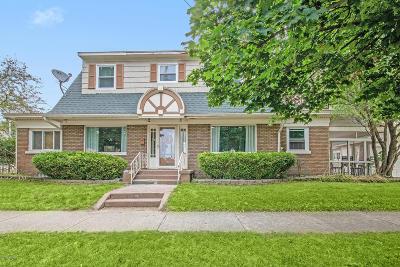 Grand Rapids, East Grand Rapids Single Family Home For Sale: 2002 College Avenue SE Avenue SE