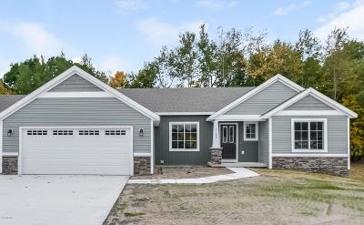 Hastings Single Family Home For Sale: Lot 61 Pinehill Drive