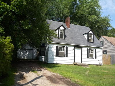 Berrien County Single Family Home For Sale: 233 Hampton Road