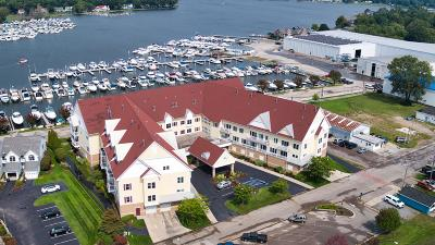 Grand Haven, Spring Lake Condo/Townhouse For Sale: 917 W Savidge Street #16