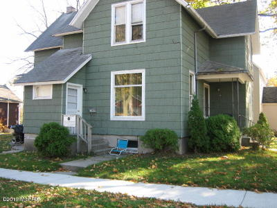 Benzie County, Charlevoix County, Clare County, Emmet County, Grand Traverse County, Kalkaska County, Lake County, Leelanau County, Manistee County, Mason County, Missaukee County, Osceola County, Roscommon County, Wexford County Multi Family Home For Sale: 401 Sibben Street