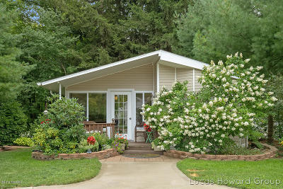 Saugatuck, Douglas Single Family Home For Sale: 6473 Blue Star Highway #111