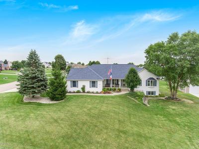 Hudsonville Single Family Home For Sale: 6626 Claymore Lane