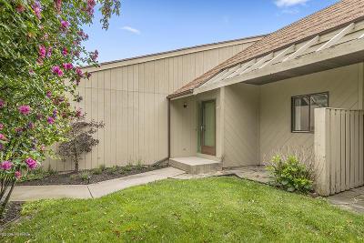 Rockford Condo/Townhouse For Sale: 6651 Bella Vista Drive NE