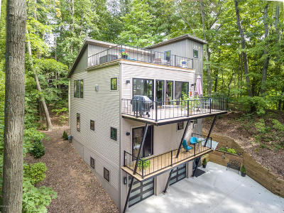 Holland, West Olive Single Family Home For Sale: 6676 Tall Tree Lane