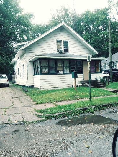 Niles Single Family Home For Sale: 711 Vann