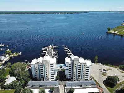 Clinton County, Gratiot County, Isabella County, Kent County, Mecosta County, Montcalm County, Muskegon County, Newaygo County, Oceana County, Ottawa County, Ionia County, Ingham County, Eaton County, Barry County, Allegan County Condo/Townhouse For Sale: 2964 Lakeshore Drive #W401