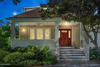 St. Joseph Single Family Home For Sale: 317 Lake Court