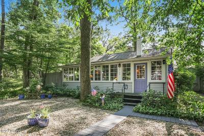 New Buffalo Single Family Home For Sale: 47103 Oak Avenue