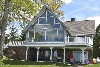 Single Family Home For Sale: 43470 Eagle Lake Drive