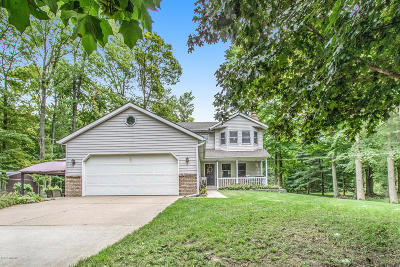 Hudsonville Single Family Home For Sale: 7660 56th Avenue