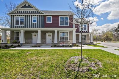 Rockford MI Condo/Townhouse For Sale: $305,000