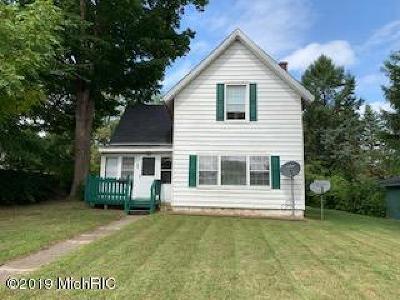 Cassopolis Single Family Home For Sale: 609 E State Street