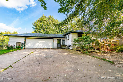 Sparta MI Single Family Home For Sale: $225,000
