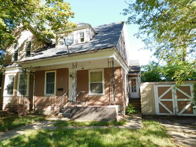 Berrien County, Branch County, Calhoun County, Cass County, Hillsdale County, Jackson County, Kalamazoo County, St. Joseph County, Van Buren County Single Family Home For Sale: 104 W Fountain Street