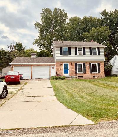 Grand Rapids Single Family Home For Sale: 1746 Stilesgate Street SE