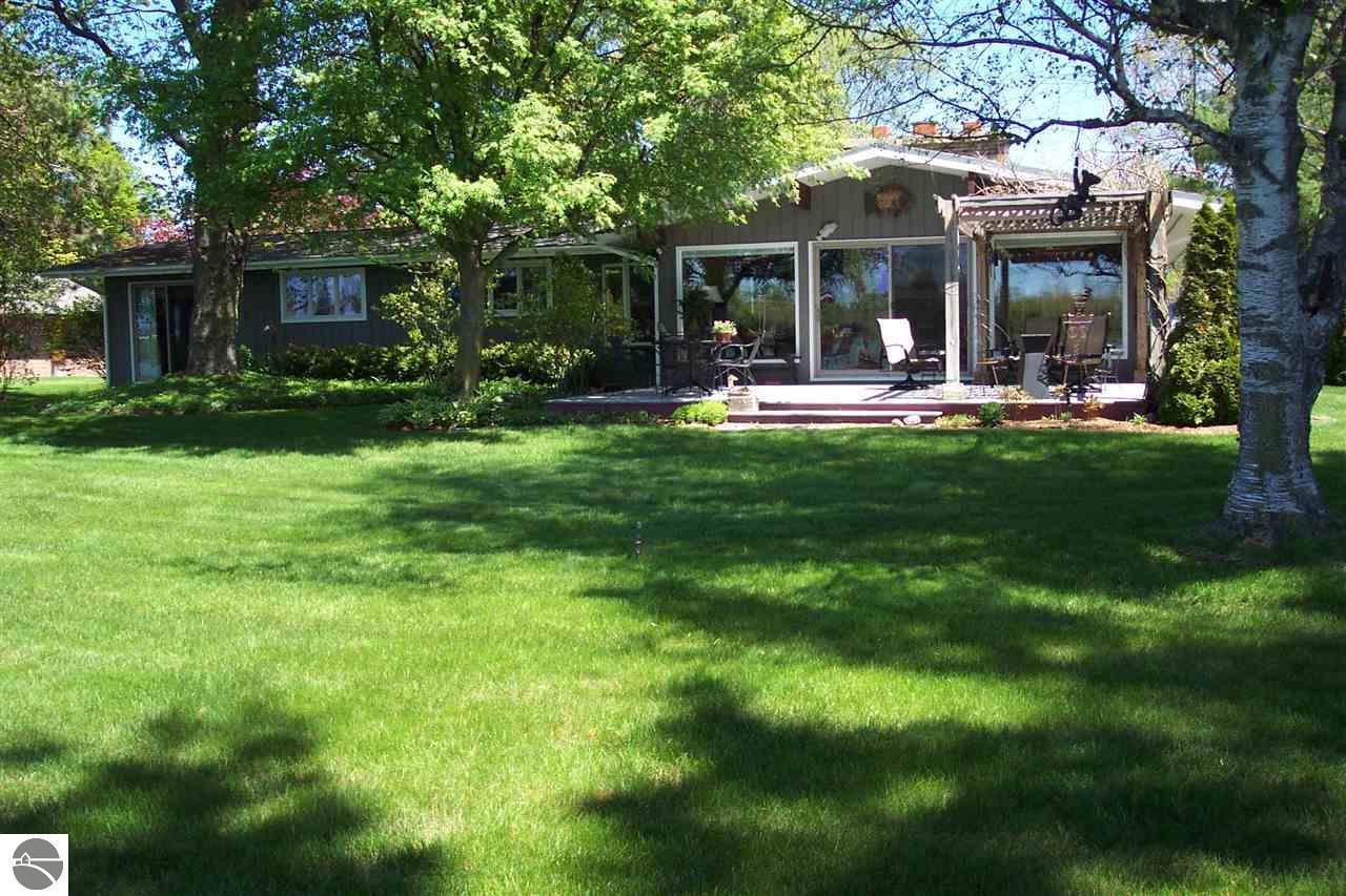 116 Mitchell Elk Rapids, MI. | MLS# 1809440 | Elk Rapids Real Estate ...