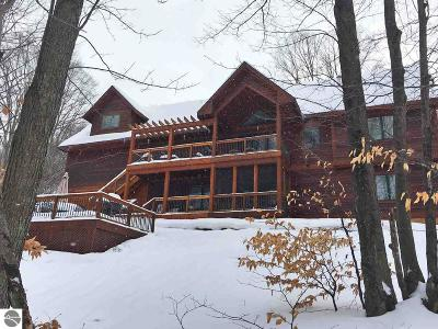 Benzie County Single Family Home For Sale: 11243 Mountain Woods Drive #41