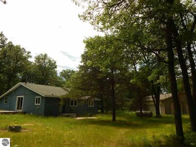 West Branch Single Family Home For Sale: Beaver Lake Trail