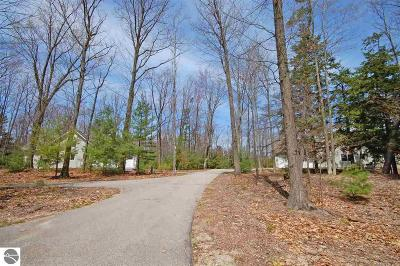 Leelanau County Residential Lots & Land For Sale: 33 Pine Trace