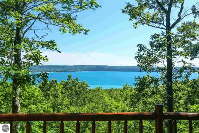 Leelanau County Single Family Home For Sale: 3937 W Cheney Woods Trail