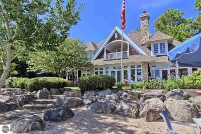 Northport Single Family Home For Sale: 12949 N Northport Point Road