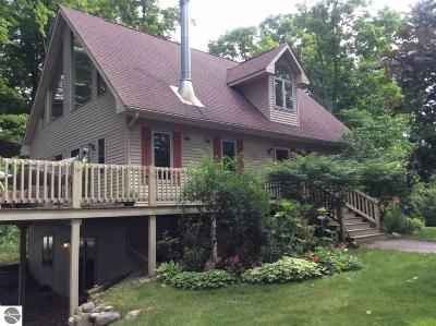 Antrim County Single Family Home For Sale: 3184 Kiessel Road