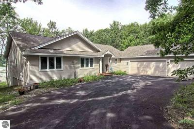 Traverse City Single Family Home For Sale: 4800 N Indian Lake Road