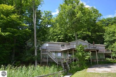 Single Family Home For Sale: 9865 SW Torch Lake Drive
