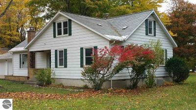 Antrim County Single Family Home For Sale: 10744 Terrace