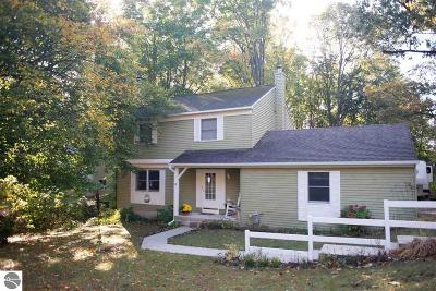 Traverse City Single Family Home For Sale: 3888 Manchester Road