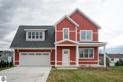 Traverse City Single Family Home For Sale: 1381 Alexander Drive #3