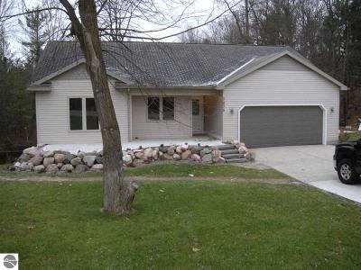 Traverse City Single Family Home For Sale: 7275 Secor Road
