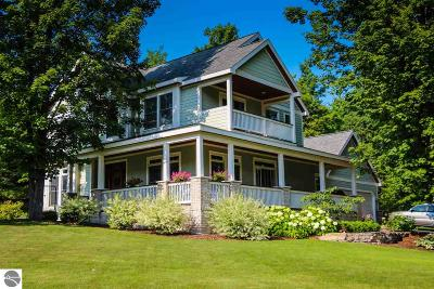 Leelanau County Single Family Home For Sale: 1628 S Maple Bluffs Court