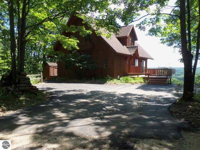 Antrim County Single Family Home For Sale: 6004 Heideldorf Lane