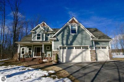 Traverse City Single Family Home For Sale: 10180 Fencepost Lane