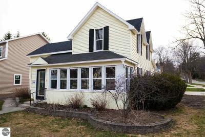 Traverse City Single Family Home For Sale: 235 Monroe Street
