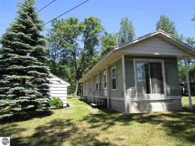 West Branch Single Family Home For Sale: 1597 Arrowhead Trail