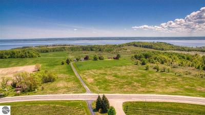 Traverse City Single Family Home For Sale: 12368 Center Road