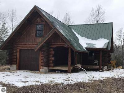 Ogemaw County Single Family Home For Sale: 1085 Townhall Road