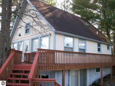West Branch Single Family Home For Sale: 1984 Mohawk Trail