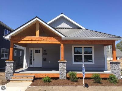 Traverse City Single Family Home For Sale: 340 W Thirteenth Street