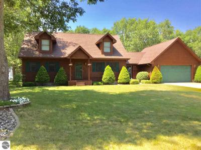 East Tawas MI Single Family Home For Sale: $154,900