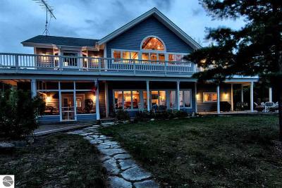 Single Family Home For Sale: 13495 Chippewa Beach