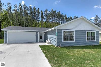 Traverse City Single Family Home New: 2103 Woodside Trail Court