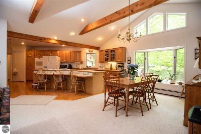 Leelanau County Single Family Home For Sale: 10217 Lake Court