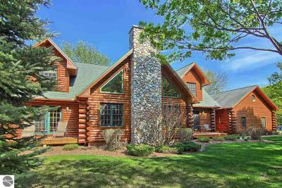 Leelanau County Single Family Home For Sale: 11167 S Golden Valley Road