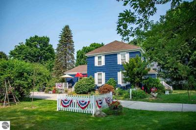 Northport Single Family Home For Sale: 112 S Bay Street