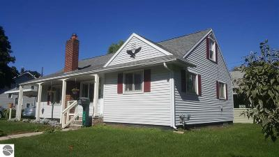 Alma Single Family Home For Sale: 504 Iowa Street